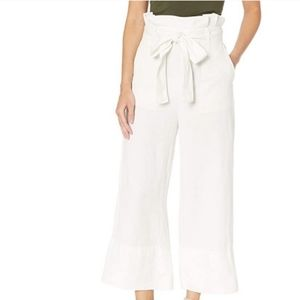 NWT BLANK-NYC  Linen Belted Pants .